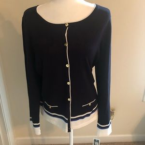 Karen Scott lightweight button down sweater